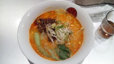 刀削麺の担担麺